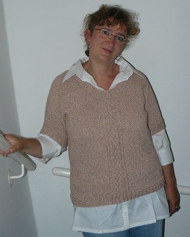 Frontward Cable Pullover